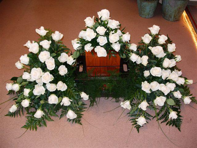 Blumen t rpitz deutsch trauerfloristik bouquets for Besondere topfpflanzen